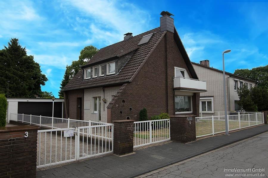 Freistehendes Einfamilienhaus in Mülheim/Saarn im norddeutschen Viertel 45481 Mülheim an der Ruhr, Einfamilienhaus